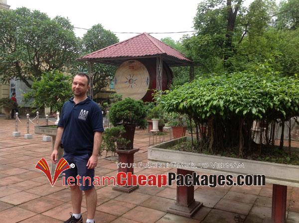 Cristianu-Bisu-review-VietnamCheapPackages