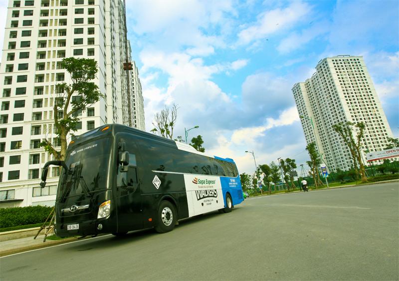 Hanoi Sapa tourist bus