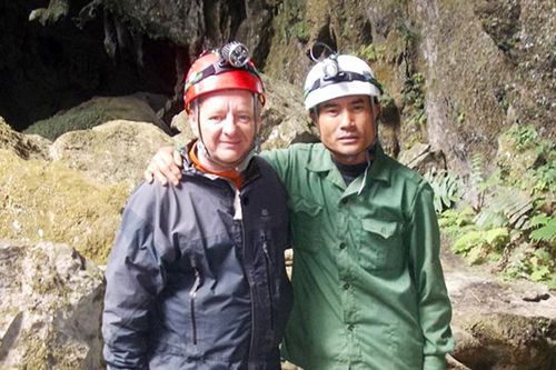 Howard Limbert and Ho Khanh in front of Son Doong cave vault