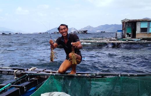 "Mot island or ""lobster"" island, Nha Trang"